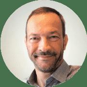 Stefan Löser - Institutsleitung und Dozent für Mathematik in der lernfabriQ Kempten. Nachhilfe und Prüfungsvorbereitung.